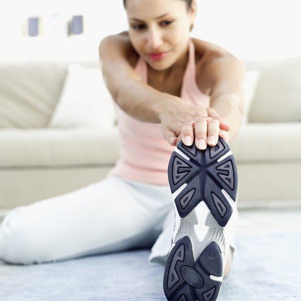 تمرین 10 حرکت لمس پنجه پا