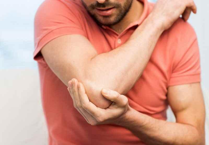 تنیس البو چیست درمان التهاب تاندون و کاهش درد در آرنج تیس بازان
