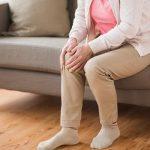 خشکی زانو ( سفتی و بی حرکتی مفصل) همراه با درد و تورم