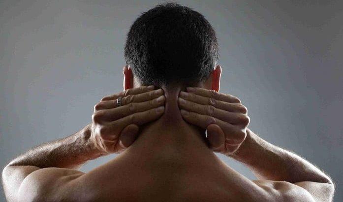 درمان آرتروز گردن با دارو، فیزیوتراپی، ماساژ و طب سوزنی