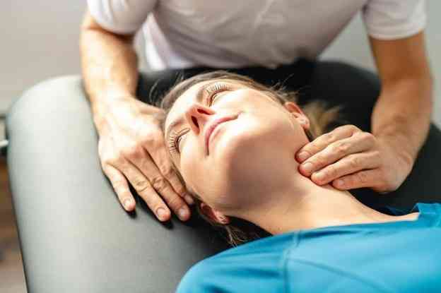 درمان آرتروز گردن با فیزیوتراپی