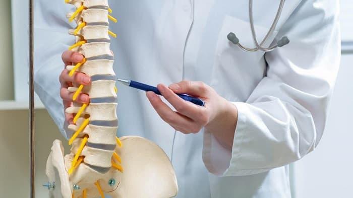 درمان تنگی کانال نخاعی کمر و گردن با انواع روش های غیرجراحی
