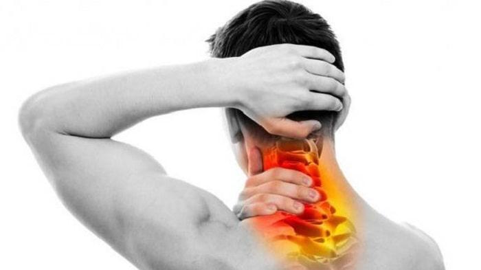 علائم بیرون زدگی دیسک مهرههای گردن چیست