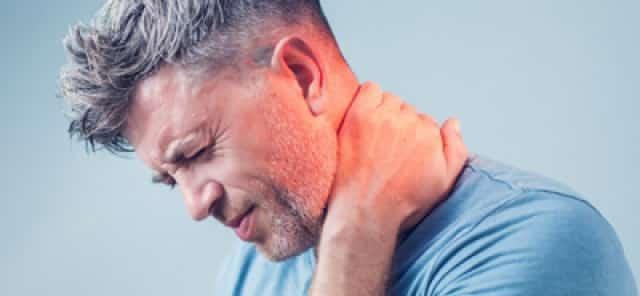 علائم دیسک گردن را چه زمانی جدی بگیریم؟