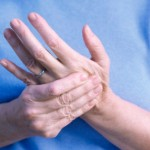 علت گزگز و بی حسی دست و درمان آن
