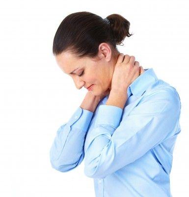 Chiropractor-Neck-Pain-385x401